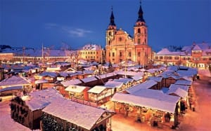 christmas-market_2723591b