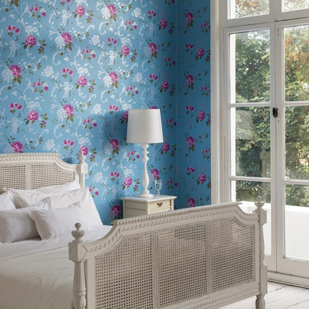 graham brown rose floral leaf pattern blue silver wallpaper 50 930. Black Bedroom Furniture Sets. Home Design Ideas