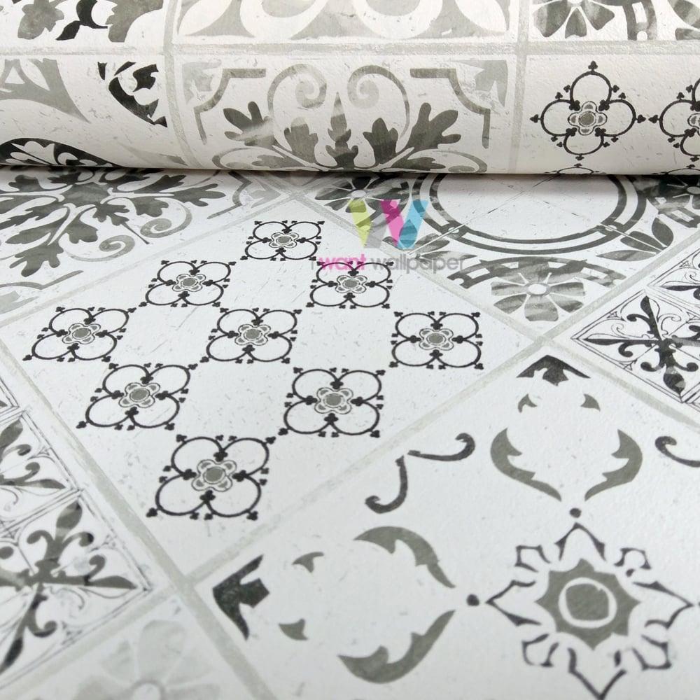 grandeco porto floral pattern wallpaper baroque motif. Black Bedroom Furniture Sets. Home Design Ideas